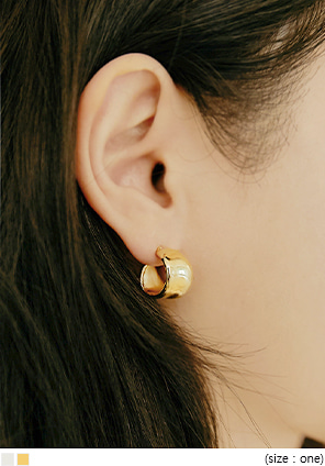 [JEWELRY] KENRY BOLD RING EARRING