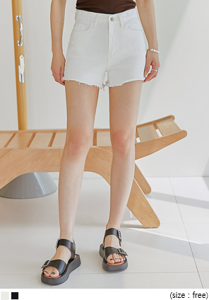 [BOTTOM] PETAL CUTTING COTTON SHORTS